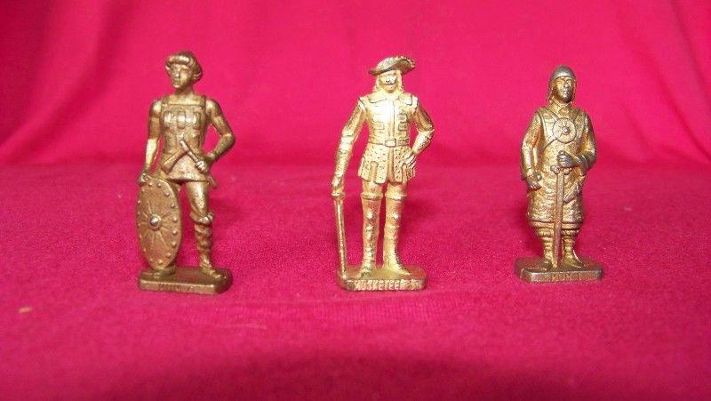Figura Soldado De Metal - Coleccion Kinder
