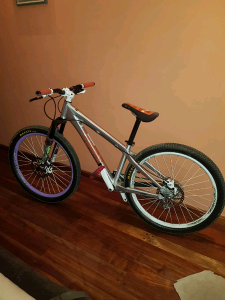 Bicicleta Umf Hardy 1 casi sin uso