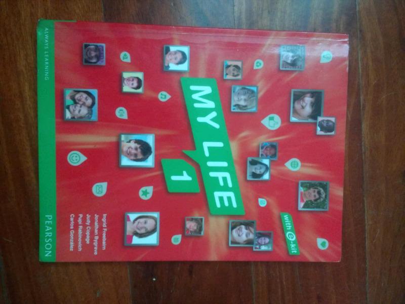 Libro de inglés My Life 1