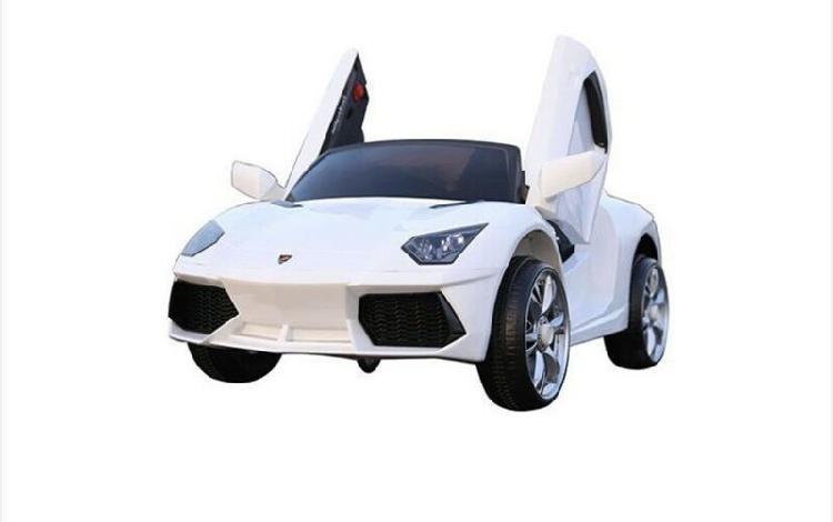Auto a bateria Lamborghini con control para padres