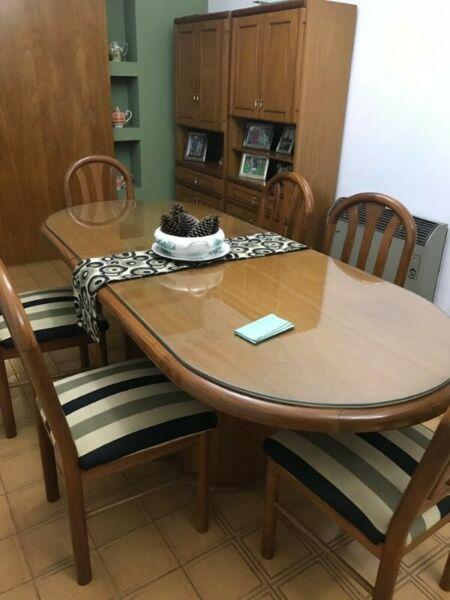 Juego de comedor moderno mesa de saavedra posot class for Comedor completo con mesa de carree
