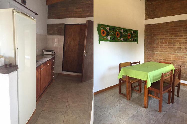 Venta de casa dos habitaciones con cabaña una habitación