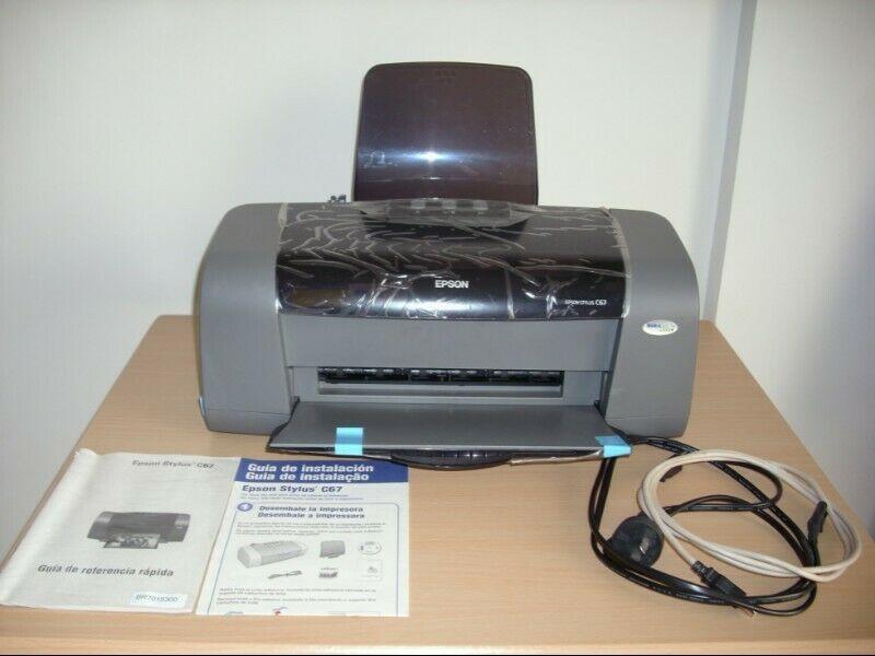 Impresora Epson C67 a tinta / Para revisar (leer bien la