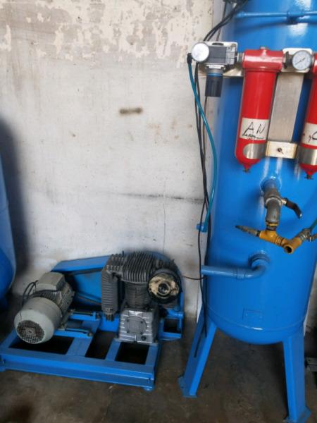 compresor de aire con trineo 5.5 hp sistema a embolo