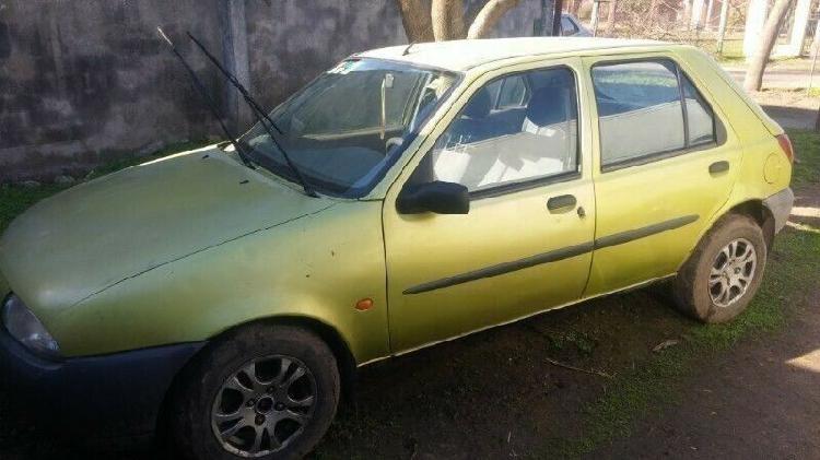 Ford Fiesta 1996 Diesel Full !!! $48.000 Hay que ponerle la