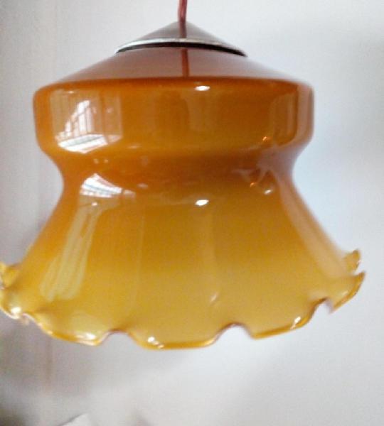 Vendo Antigua lampara de vidrio