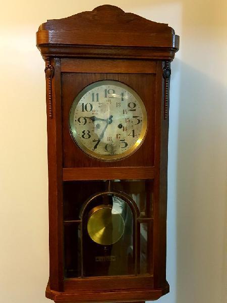 Vendo Hermoso Reloj de Pendulo Antiguo !
