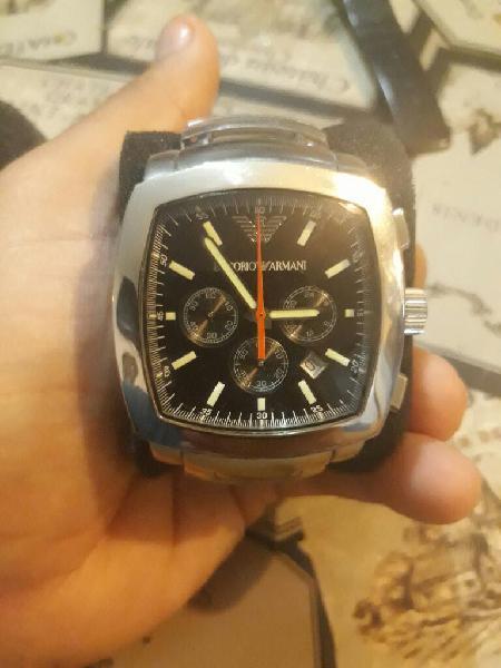 d548ec6a3976 Vendo reloj armani ar5817 original usado