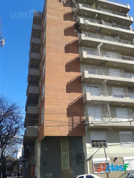 alquiler 2 ambientes al frente con balcón en Villa