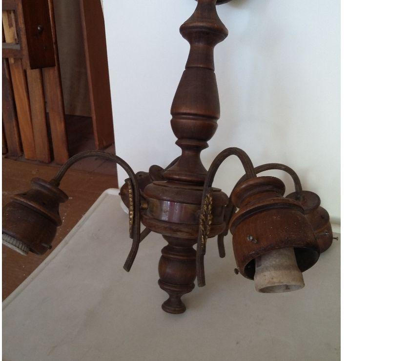 Araña de madera torneada y bronce