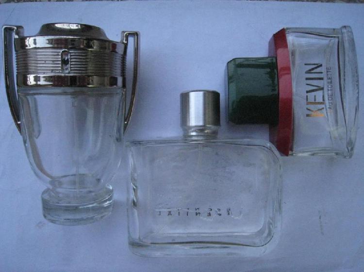 Lote frascos de perfume Paco Rabane Invictus, Lacoste