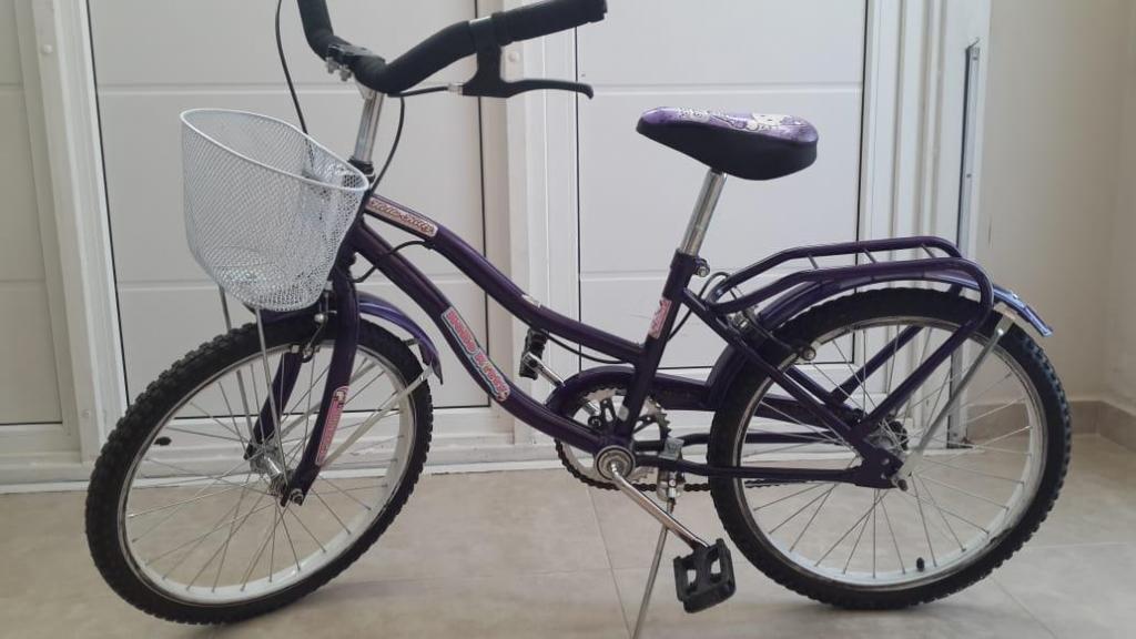 Bicicleta Hello Kitty nena. Rodado 20
