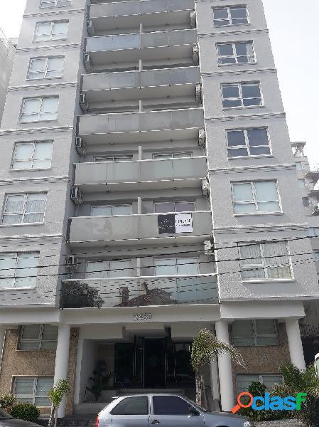 Se Vende departamento de un ambiente con Balcón a La calle