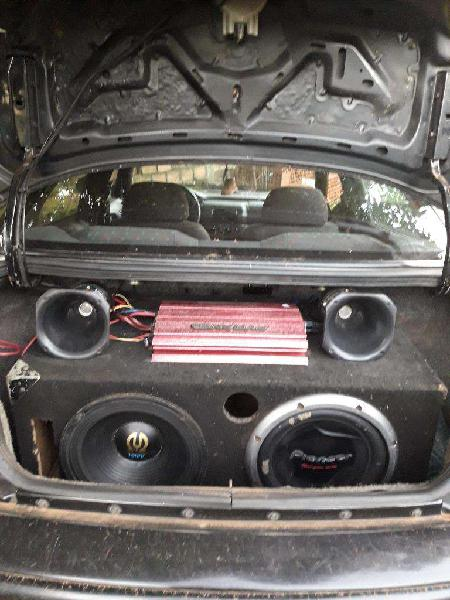 Vendo Equipo de Sonido para Auto