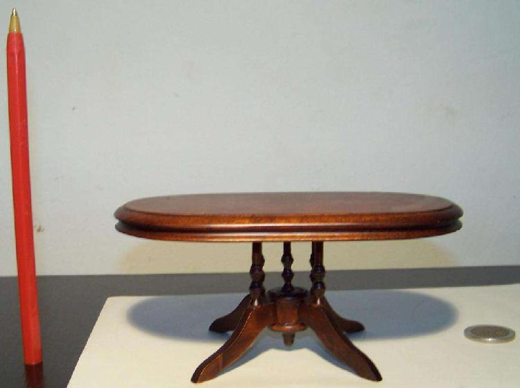 Mesa Oval Miniatura, Escala 1:12, Casa De Muñecas Coleccion
