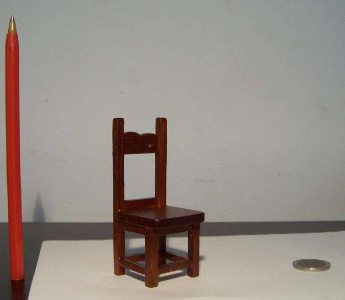 Silla Miniatura, Escala 1:12, Casa De Muñecas Coleccion