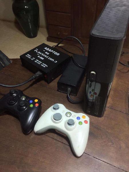 Vendo Xbox 360 chipeada en excelente estado! Consultar!