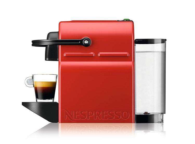 Nespresso Inissia Roja & Aeroccino usada