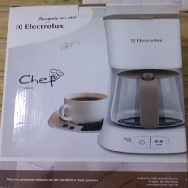 Nueva Cafetera Electrolux Chef Coffee Maker (blanca Y Gris)
