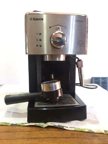 Cafetera Express Philips Saeco