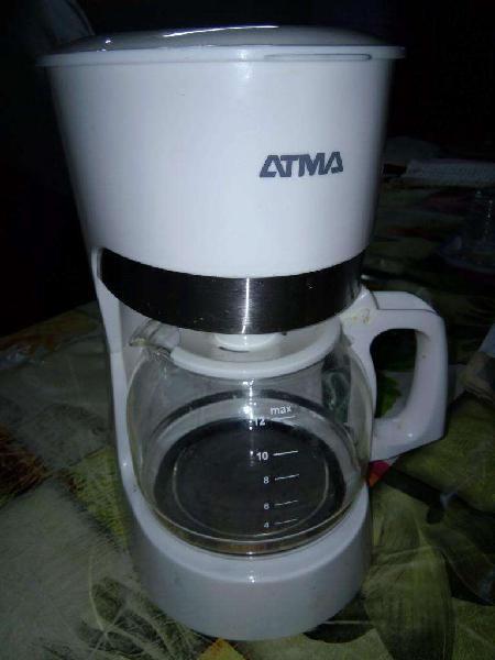 Cafetera eléctrica ATMA Impecable