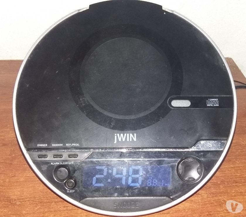VENDO RADIO RELOJ MARCA JWIN CON PANEL DIGITAL