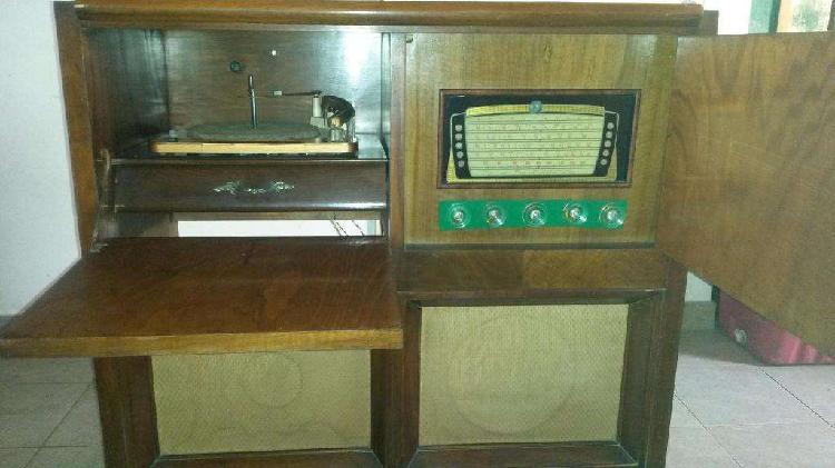 Antiguo Combinado Radio 5 Bandas, Tocadiscos De 11 Valvulas.
