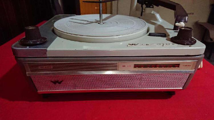Tocadisco Wincofon con radio muy buen estado la radio