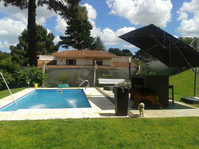 Duplex en Villa Gesell con piscina aceptamos mascotas