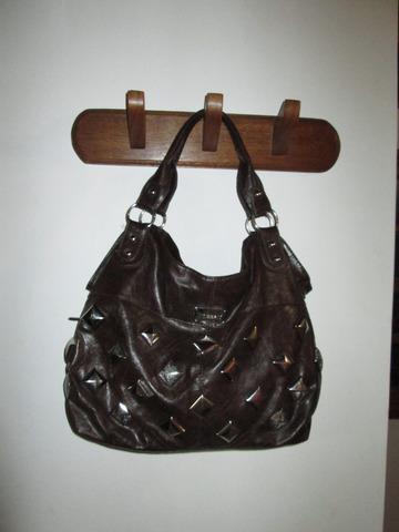 Vendo cartera bolso negra con tachas