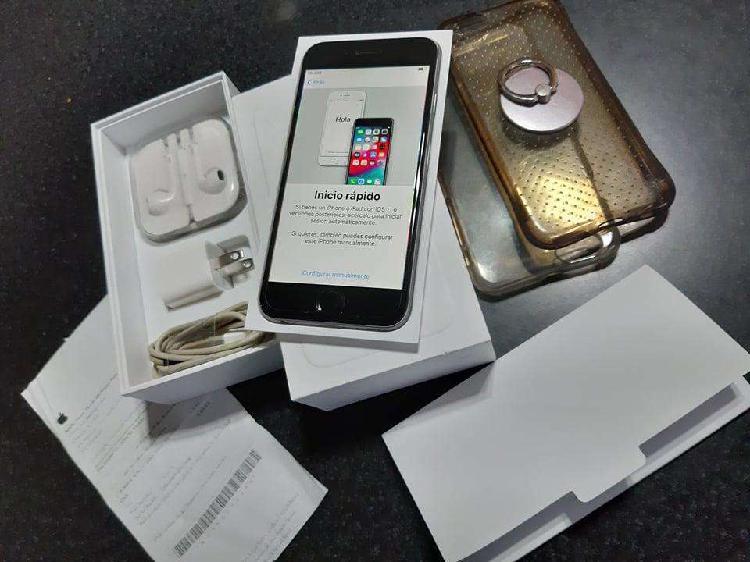 SOLO VENDO CELULAR IPhone 6 de 16 gb. BATERIA AL 91 %, CAJA