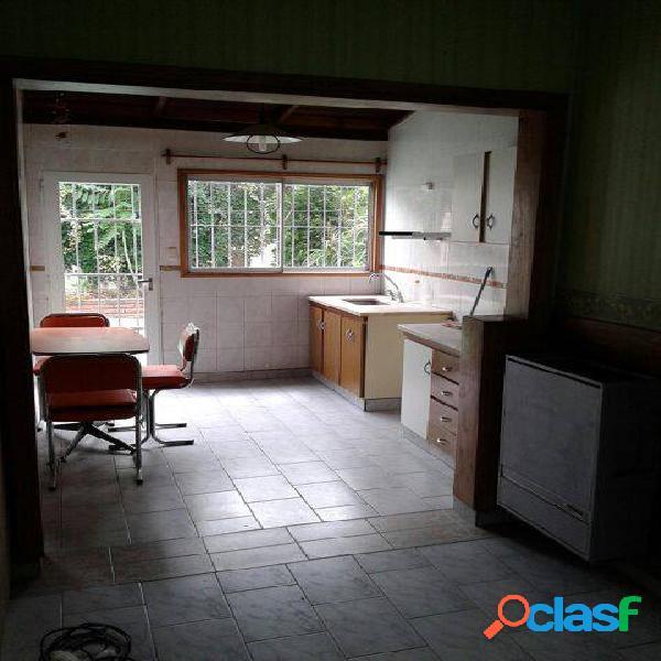 Alquiler Casa - Chalet 3 Ambientes 180 Y LURO Mar del Plata