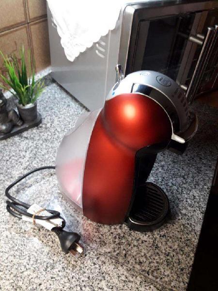 Vendo Cafetera Moulinex Dolce Gusto Genio 2 Automática