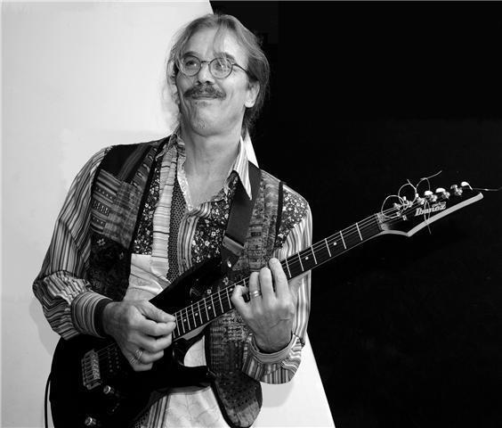 Guitarra, aprende con profesor particular recoleta C.A.B.A.