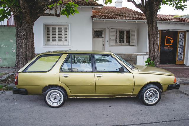 Vendo Renault 18 Break mod 83 para repuestos