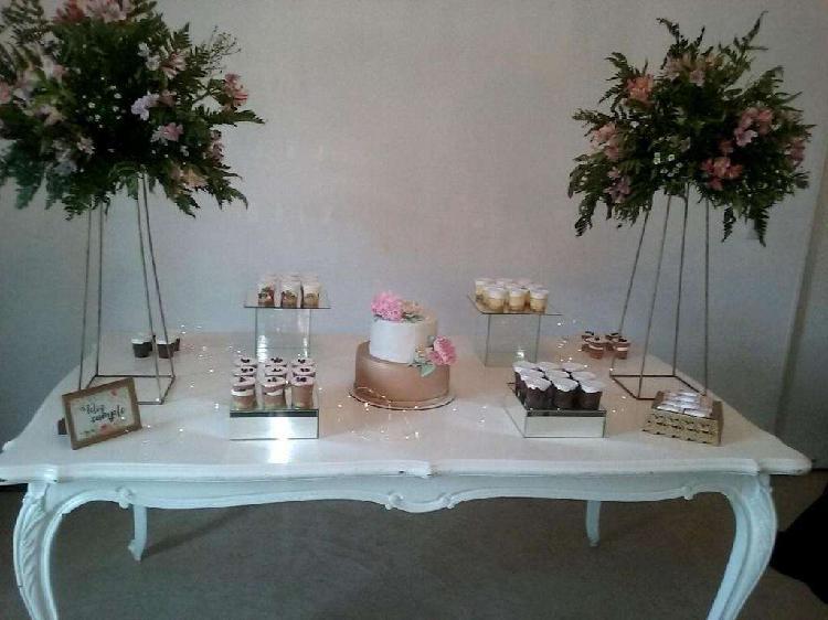 Centros de mesas numeradores detalles para fiestas y eventos