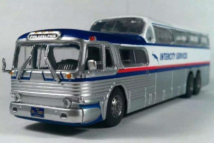 Colección Autobuses Del Mundo La Nacion