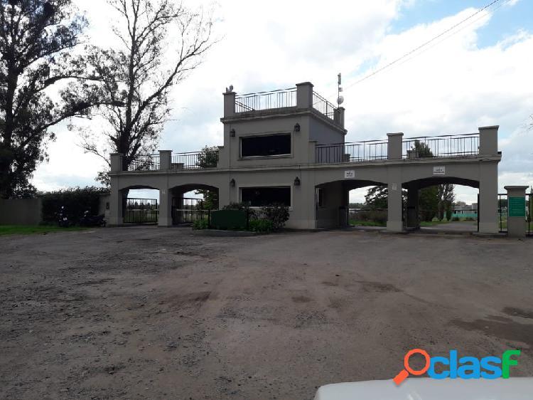 Lote en venta Barrio La Elina - Luján