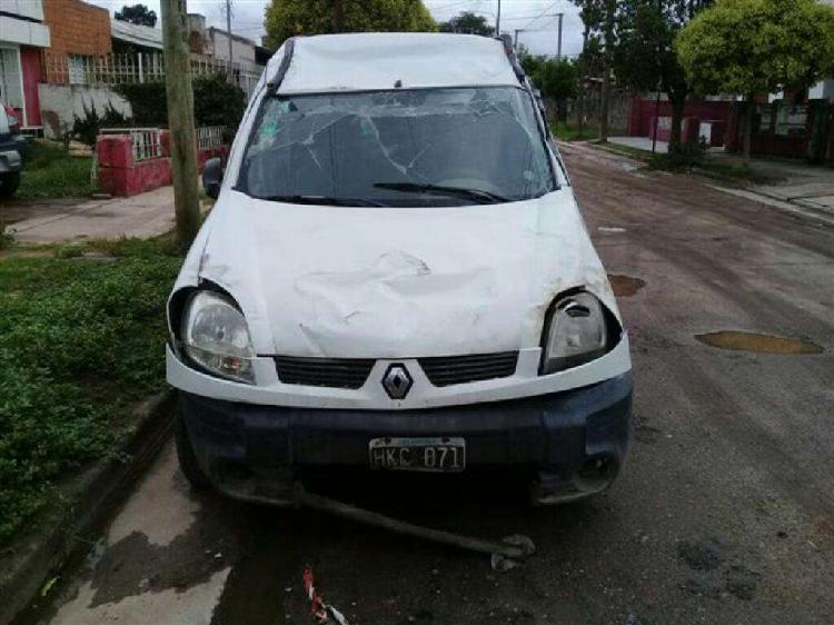 Renault Kangoo de Baja con Alta Motor