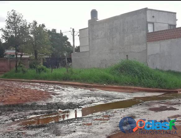 REF TF315 EXCELENTE TERRENO EN ESQUINA ZONA DE LA COSTANERA