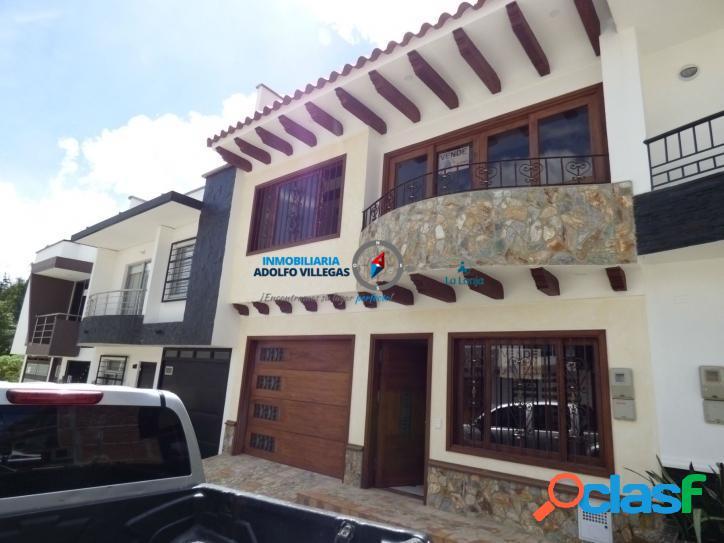Casa para venta en Rionegro 2448