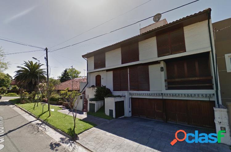 Chalet en venta Alvear y Paso, 3 plantas. 400 M2 Cubiertos.