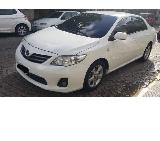 Dueño vende, Toyota corolla XLI,2014, excelente vehiculo