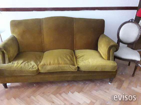 Venta de sillon de 3 cuerpos de pana en Palermo