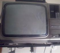 Tv hitachi color cero defecto con conversor para 80 canales