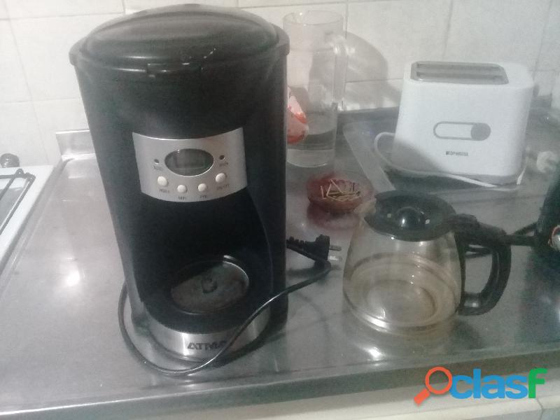 Cafetera Eléctrica Atma Ca8180 Jarra Vidrio Reloj Negro