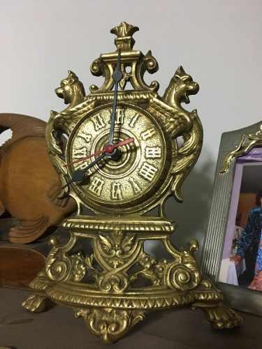 Antiguo Reloj De Mesa Francés En Bronce