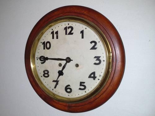 Antiguo Reloj De Pared Junghans Tipo Estacion Circa 1920