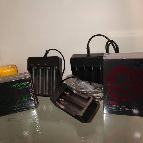 Cargador Batería 3,7 V 4 Pilas