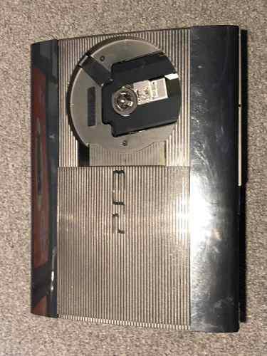 Play Station 3 320 Gb Con Dos Joystick Y Juegos